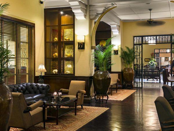 Raffles Grand Hotel d'Angkor Siem Reap Elephant Bar