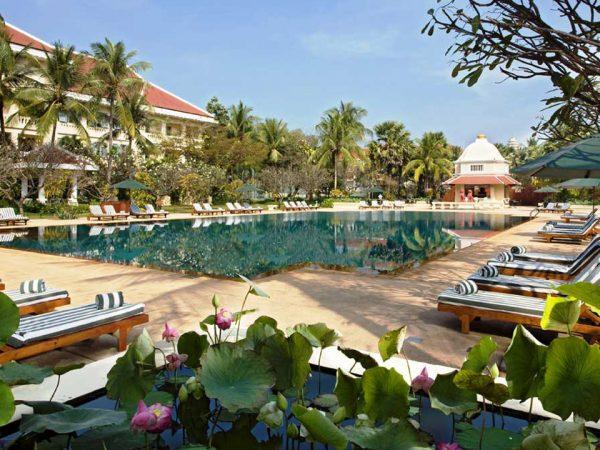 Raffles Grand Hotel d'Angkor Siem Reap Park grand