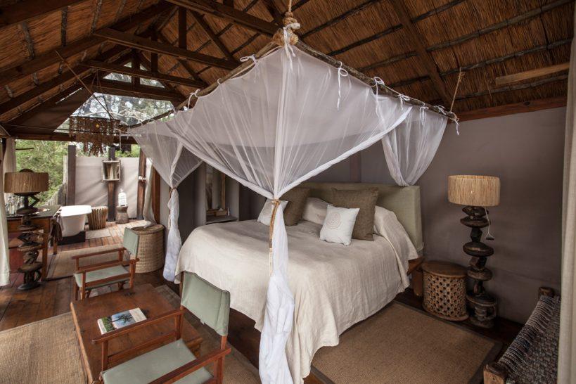 Sindabezi Island Lodge Chalet Bedroom
