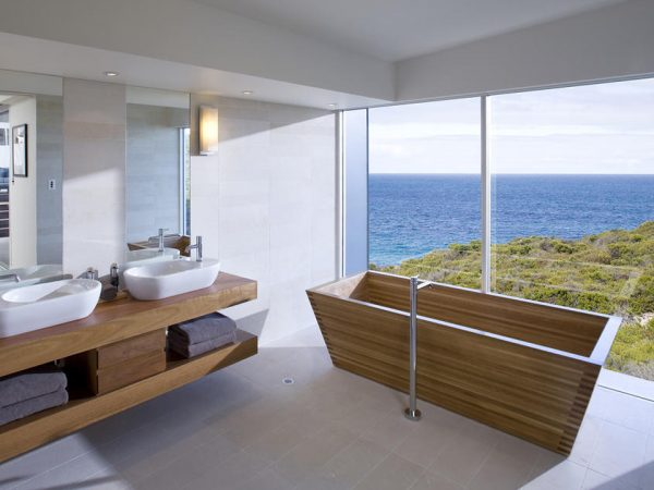 Southern Ocean Lodge Bathroom