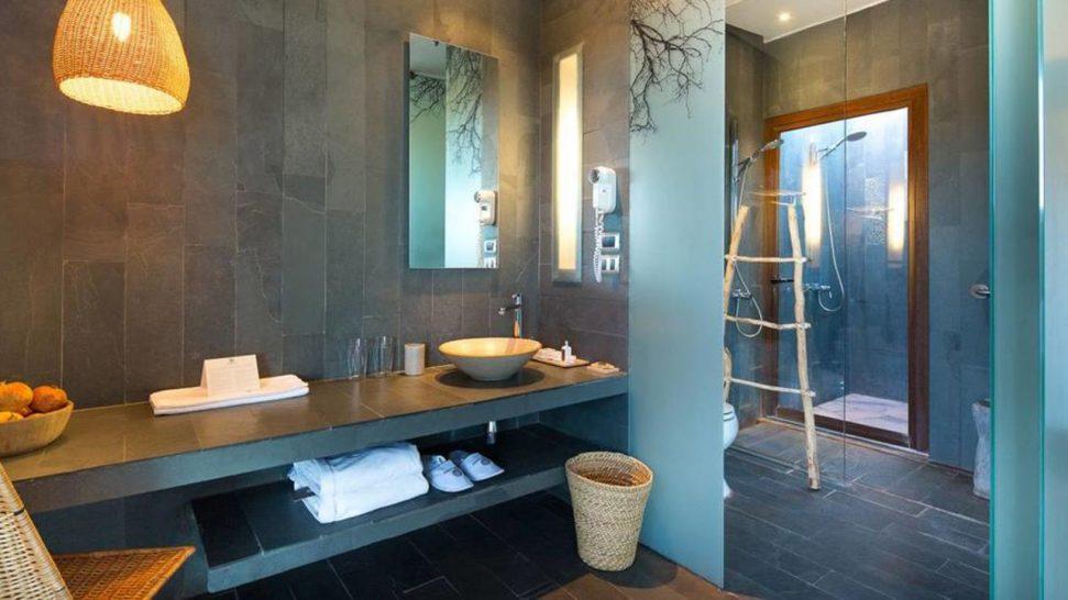 Tierra Atacama Hotel and Spa Bathroom