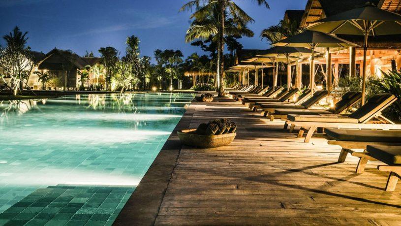 Zannier Hotels Phum Baitang Pool at Night