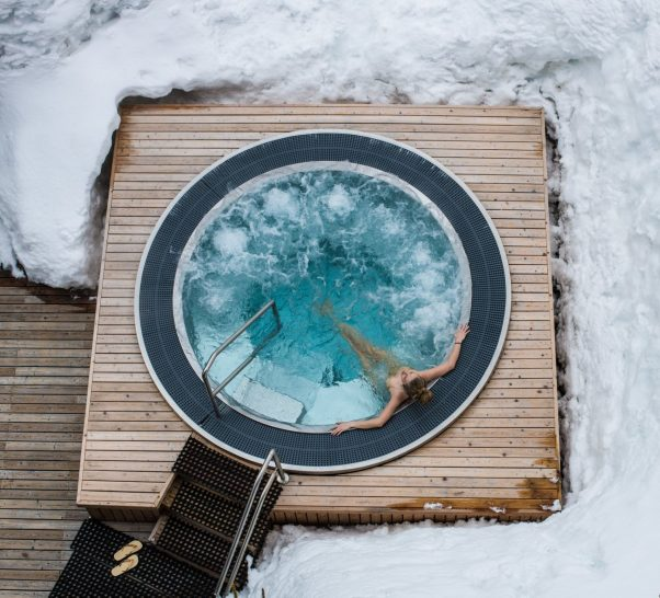 Barriere Les Neiges Courchevel The Diane Barriere Spa Outdoor Jacuzzi
