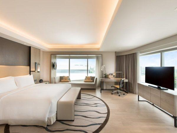 Conrad Bay View Twin Executive Room Lounge Access