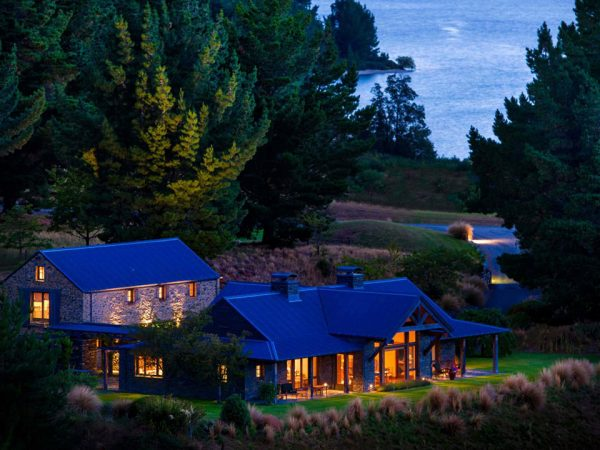 Blanket Bay Lodge Night