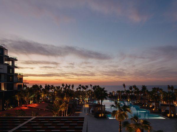 Caesars Palace Bluewaters Dubai Fortuna Pool and Bar