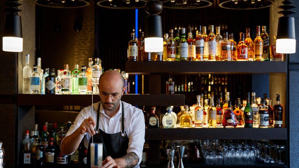 Caesars Palace Bluewaters Dubai Laurel Bar
