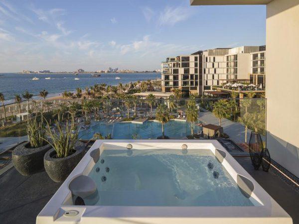 Caesars Palace Bluewaters Dubai Outdoor pool