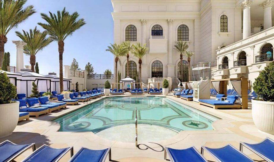 Caesars Palace Bluewaters Dubai Qua Spa Pool