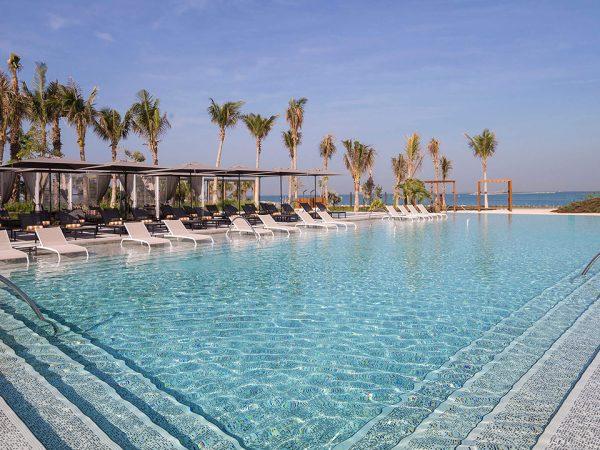 Caesars Palace Bluewaters Dubai Venus Pool and Bar