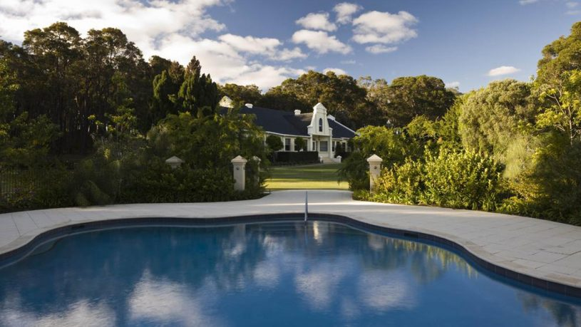 Cape Lodge Pool