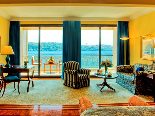 Ciragan Palace Kempinski Deluxe Bosphorus View Room