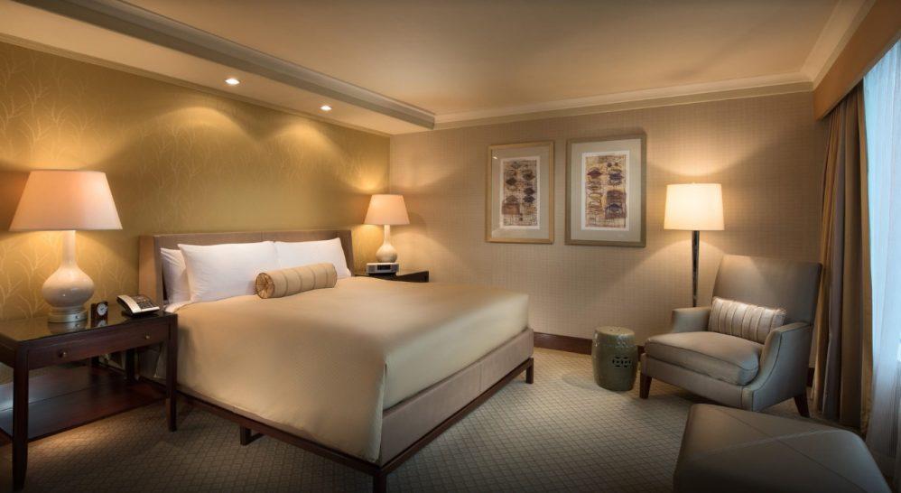 Conrad Hong Kong King Executive Peak Suite