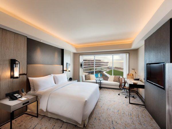 Conrad Manila Bay View King Deluxe Room