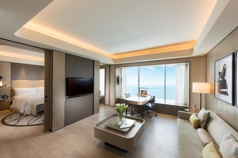 Conrad Manila Bay View King Premier Suite Lounge Access