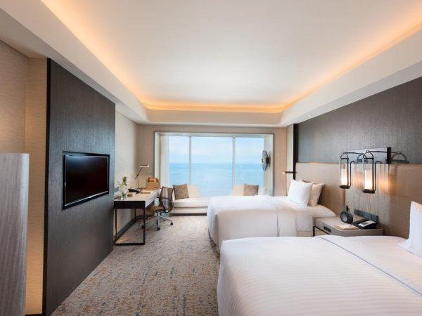 Conrad Manila Bay View Twin Deluxe Room