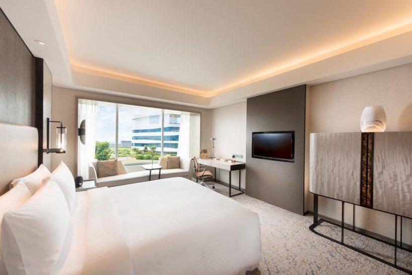 Conrad Manila King Deluxe Rooms