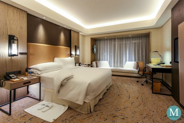 Conrad Manila King One Bedroom Suite Lounge Access