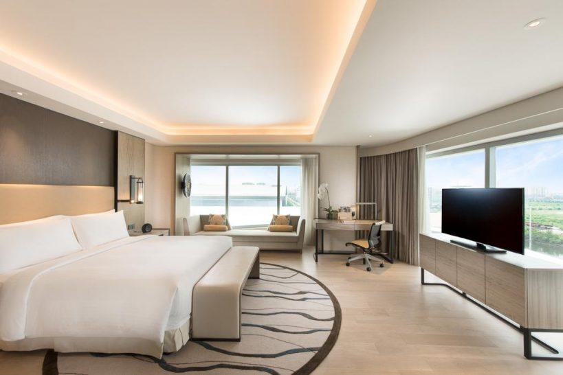 Conrad Manila King Premier Room