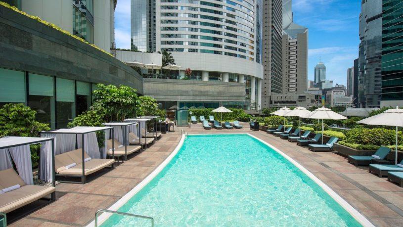 Conrad hong kong swimming pool