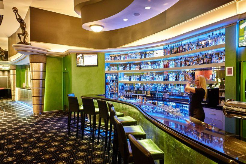 Grand Resort Bad Ragaz Golden Wave Bar