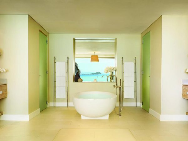 Hayman Island Bathroom