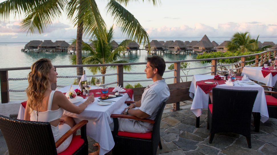Hilton Moorea Lagoon Resort and Spa Arii Vahine Restaurant