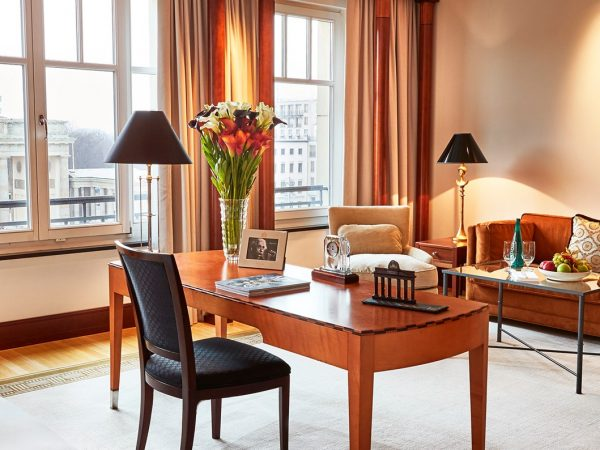 Hotel Adlon Kempinski Berlin Junior Suite Brandenburg Gate