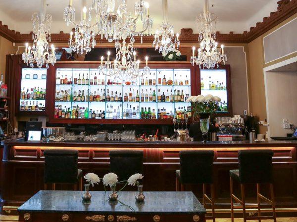 Hotel Kamp Bar
