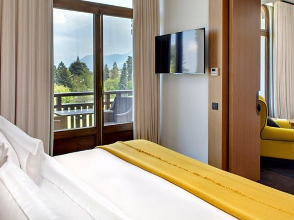 Hotel Royal Evian Resort Family Room Park View