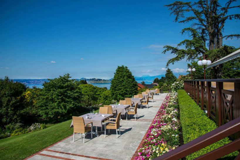 Hotel Royal Evian Resort restaurant Oliveraie