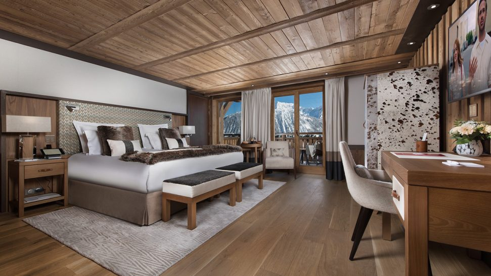 Hotel Barriere Les Neiges Deluxe Suites