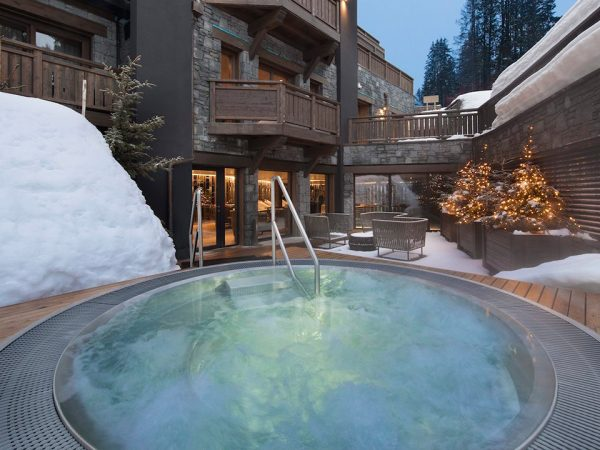 Hotel Barriere Les Neiges Outdoor PoolHotel Barriere Les Neiges Outdoor Pool