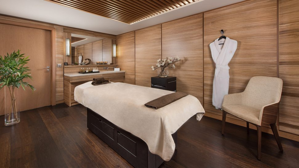 Hotel Barriere Les Neiges Spa