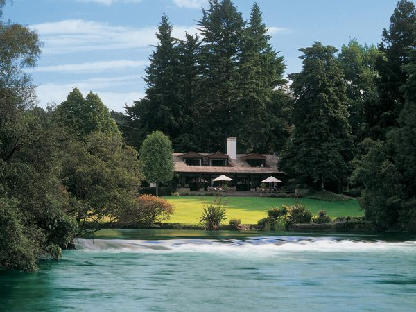 Huka Lodge River