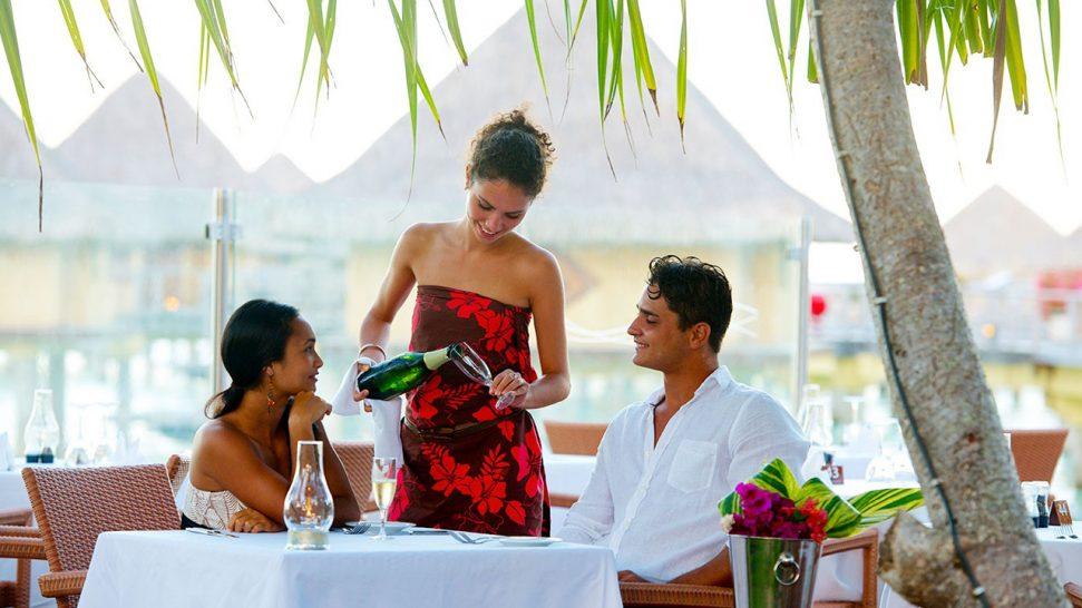 InterContinental Le Moana Bora Bora Vini Vini Bar and Restaurant