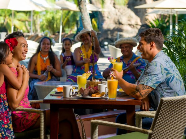 InterContinental Resort Tahiti Tahitian Brunch