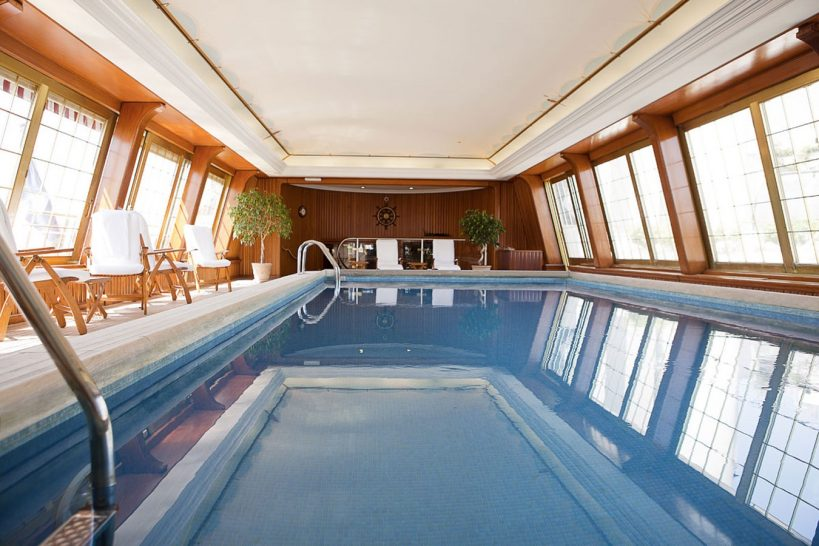 Le Bristol Hotel Pool