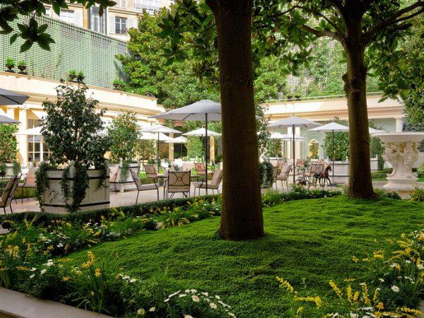Le Bristol Paris Garden