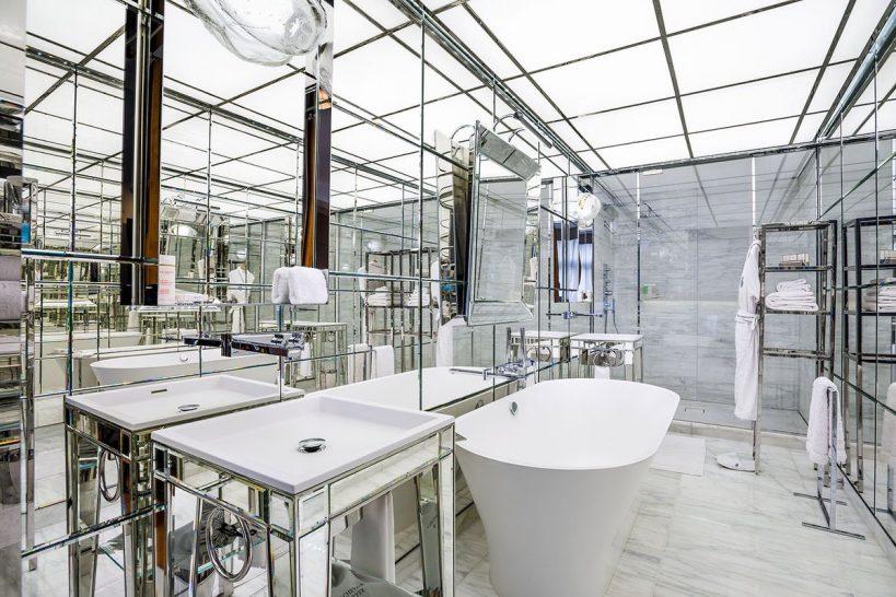 Le Royal Monceau Raffles Junior Suite Bathroom