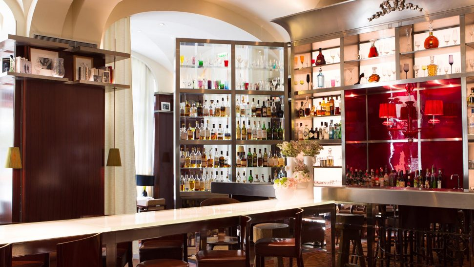 Le Royal Monceau Raffles Le Long Bar