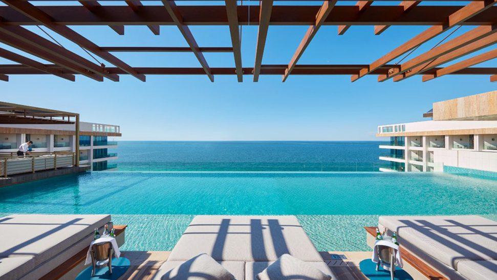 Mandarin Oriental Jumeira Dubai Outdoor Pool