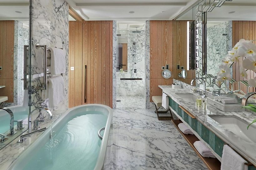 Mandarin Oriental Jumeira Dubai Panoramic View Room Bathroom