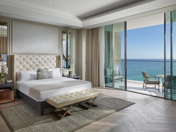 Mandarin Oriental Jumeira Dubai Premier Sea View Suite Bedroom