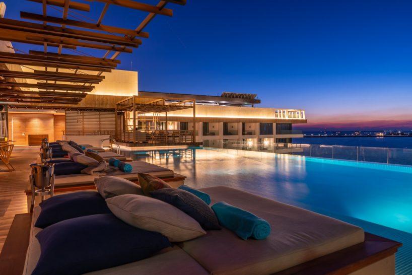 Mandarin Oriental Jumeira Dubai pool sunset