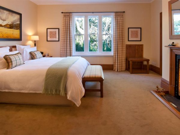 Otahuna Lodge Butler Suite Bedroom