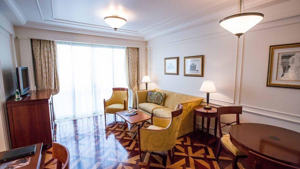 Palazzo Versace Gold Coast Lagoon Suite