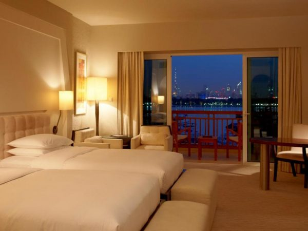 Park Hyatt Dubai 2 Twin Beds Skyline View