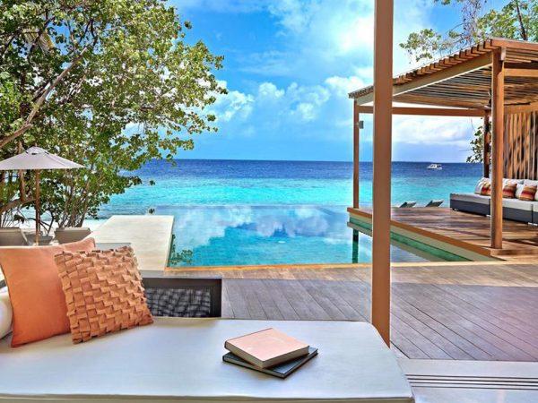 Park Hyatt Maldives Hadahaa Lobby
