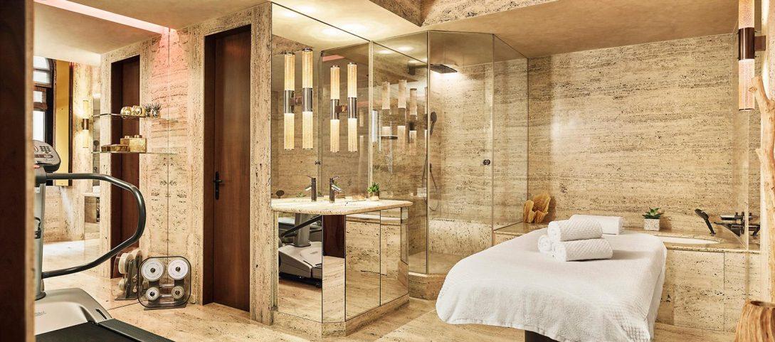Park Hyatt Milan Ambassador Suite Bathroom